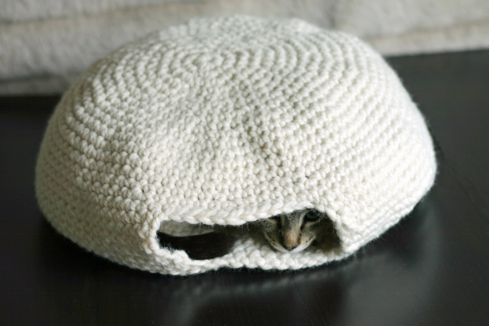 Crochet Cat Cave Lots Of Ideas That You Will Love | The WHOot | 1067x1600