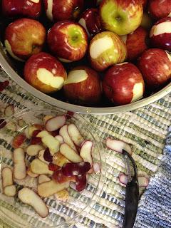IMG 4897%255B1%255D - Homemade Applesauce