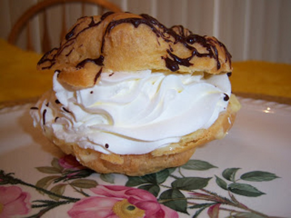 cream puffs filled with whipped cream