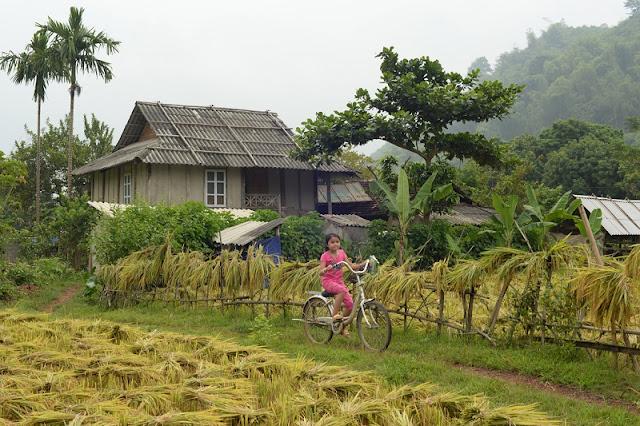 Pom Coong Village - Thai Village Tourism Attraction 3