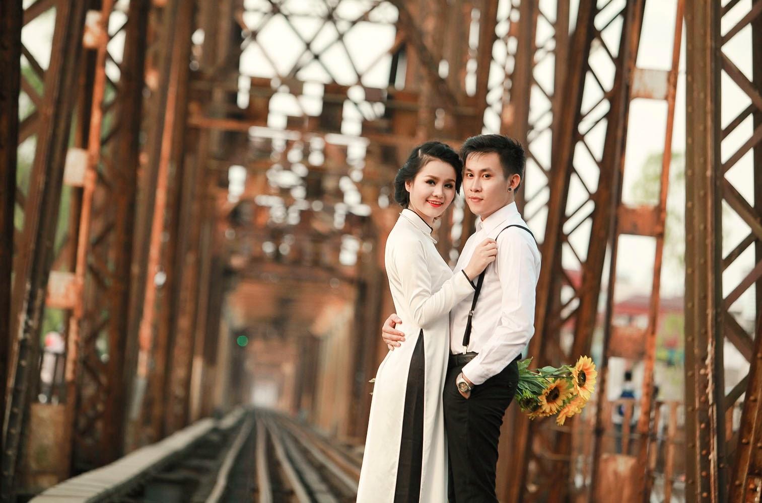 Kết quả hình ảnh cho ảnh cưới cầu long biên