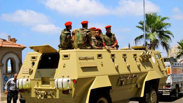 الجيش المصري يعلن القيام بعملية عسكرية شاملة ضد الإرهاب