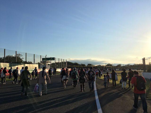 F1日本グランプリ2017 西コーストラックウォーク 200R
