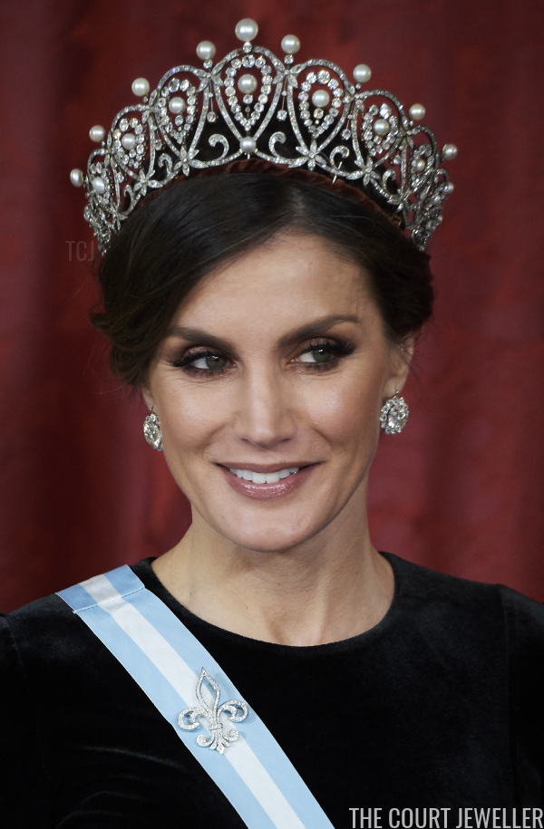 The Best Royal Jewels Of 2018 3 Queen Letizia S Jewelry