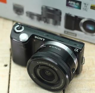 Mirrorless Bekas Sony Nex 5N + Kit
