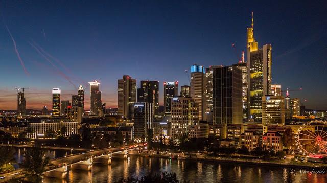 Frankfurter Skyline (Foto djmykemyers)