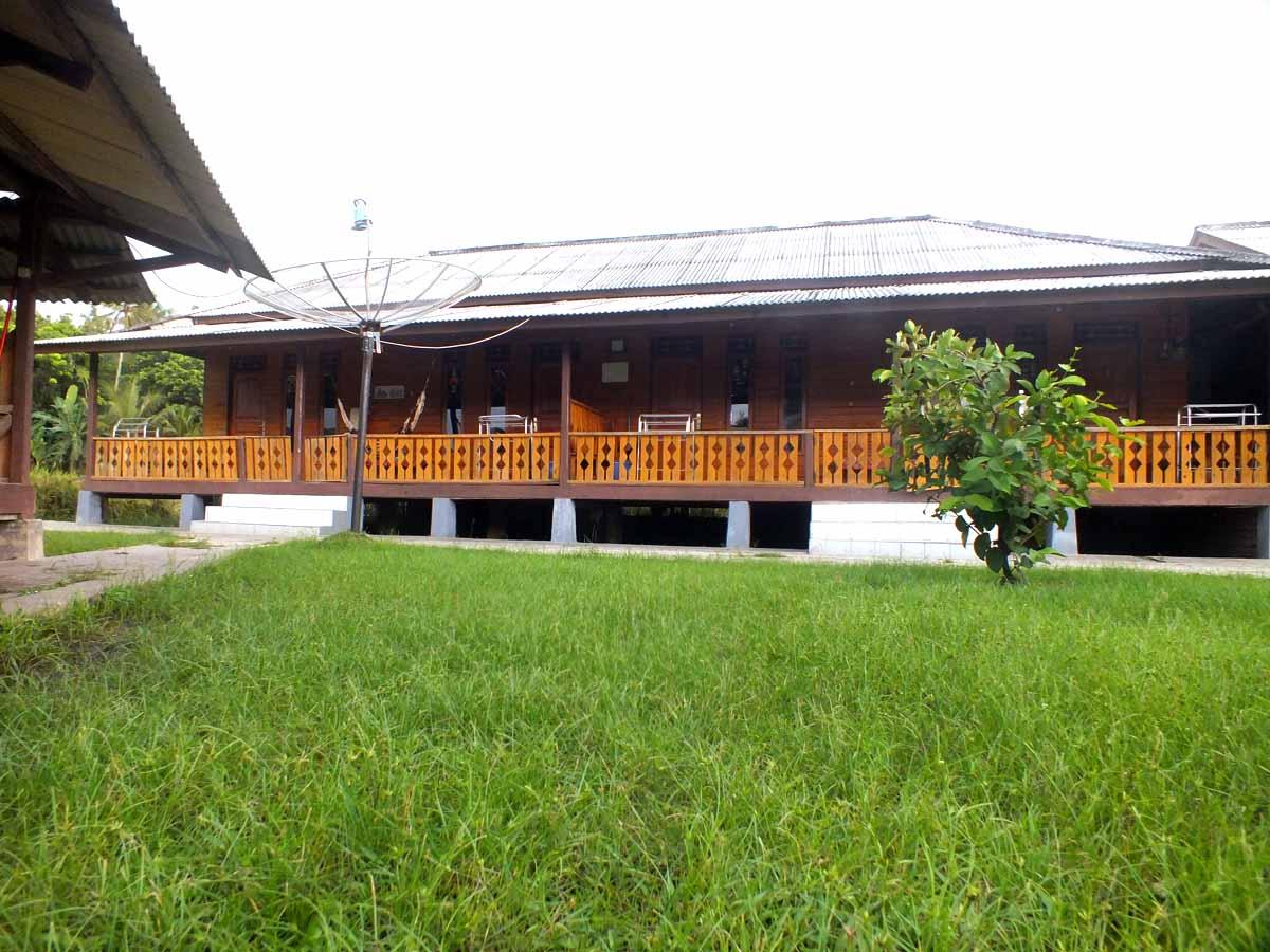 penginapan villa  dan Hotel  Bukit Indah  sawarna