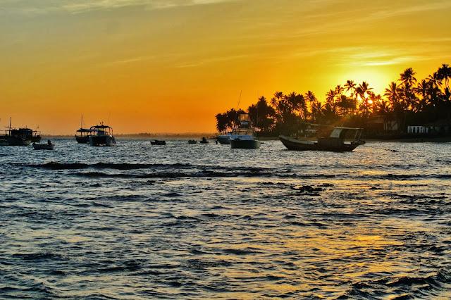 Pôr do Sol na Praia do Forte, na Bahia