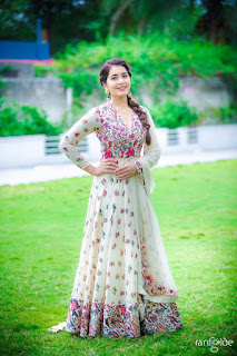 Raashi Khanna in beautiful silver white dress