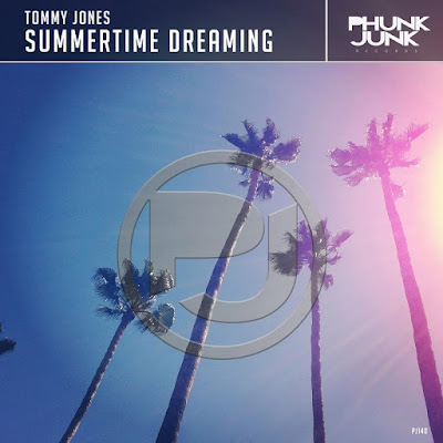 Tommy Jones Unveils New Single 'Summertime Dreaming'