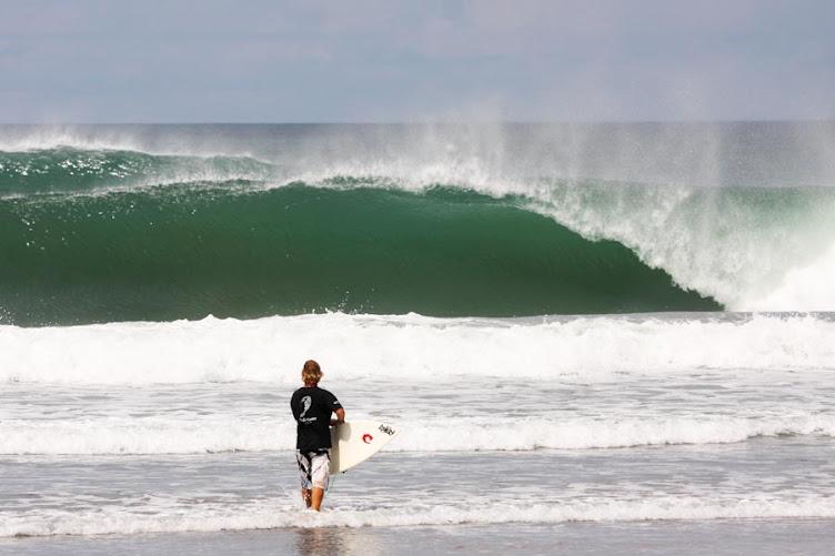 surfing popoyo beach nicaragua