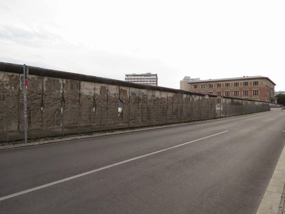 מה שנשאר מחומת ברלין