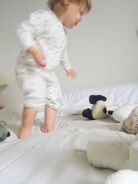 big mamas home, viikkokatsaus, arki, blogi, bloggaaja, perhelifestyle, lapset, bloggaajan lapsi, Pikku E, makuuhuone