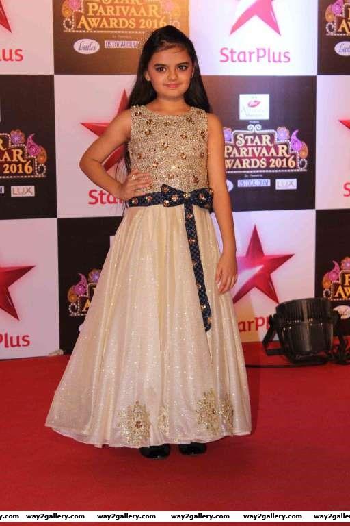 Ruhanika Dhawan descended at Star Parivaar Awards