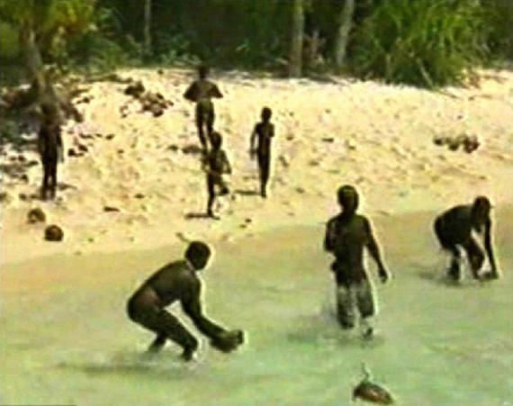 Pulau Misterius Dan Suku Primitif Yang Mematikan
