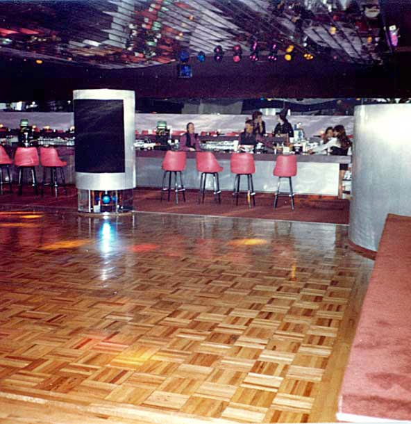 Mingles Lounge Route 35 South Amboy/Sayreville, New Jersey November 1982