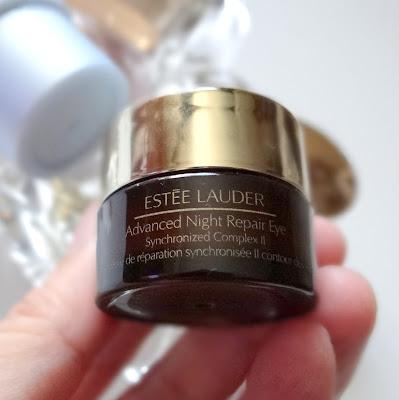 Crema contur de ochi pentru diminuarea ridurilor Estee Lauder