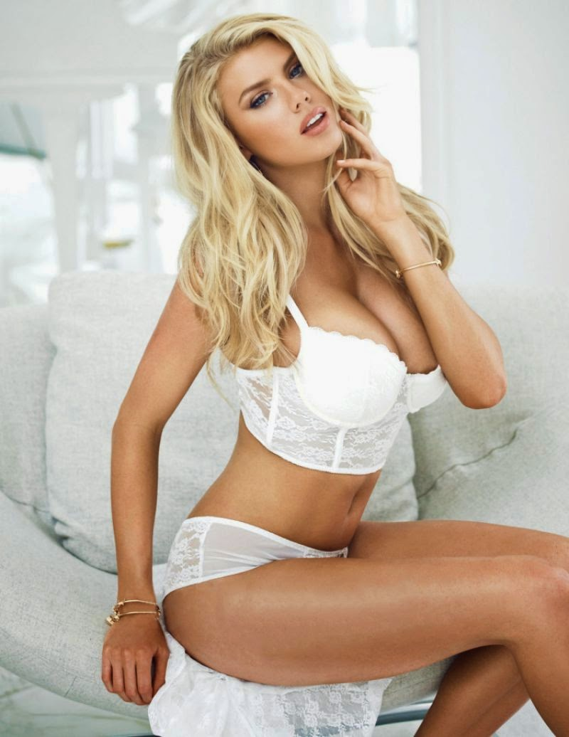 Charlotte McKinney Does Guess Good