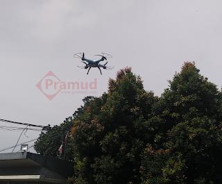 tes uji ketahanan baterai syma X5HW dengan terbang di udara