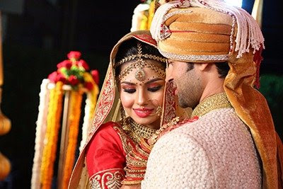 Karan__Sharma_And__Tiaara_Kars_Wedding__Pictures3
