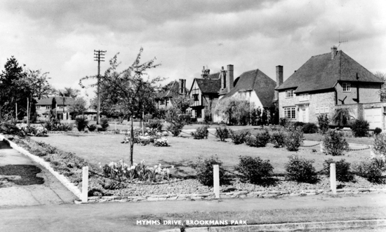 Photograph of Mymms Drive, Brookmans Park in the 1960s - image from Peter Miller's collection