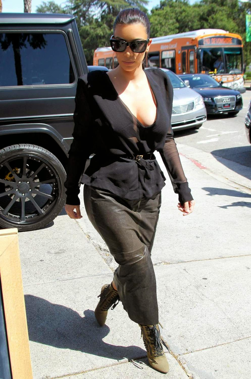 Kim Kardashian Big Boobs