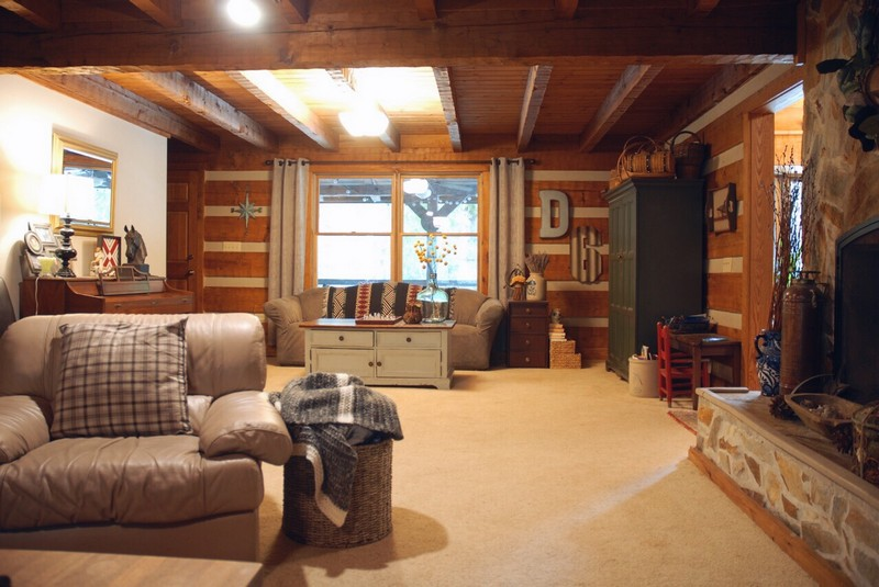 log cabin living room. So those are our before photos  Hopefully we will have something amazing to share with you in six weeks In the meantime I be giving weekly updates on Hood Creek Log Cabin Living Room Renovation One Challenge