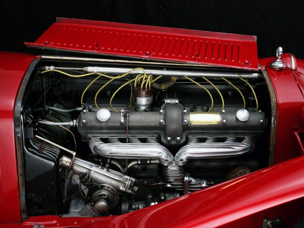 Alfa Romeo 8C 2300 Spider Touring