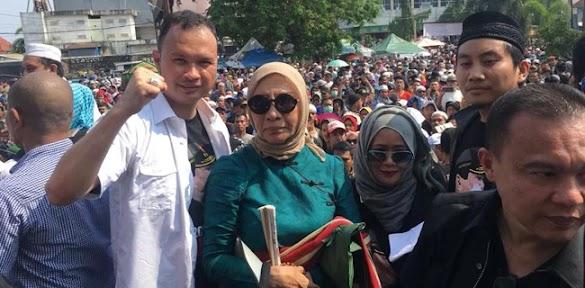Ratna Sarumpaet Tetap Maksa Masuk Kota Batam