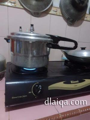 proses masak dengan panci presto