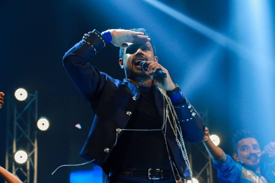 Dushyanth Weeraman live concert 2016 Dedunna Wage