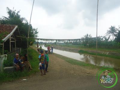 Menuju Gg. Blok Madrasah, Dusun Gardu, Desa Bendungan