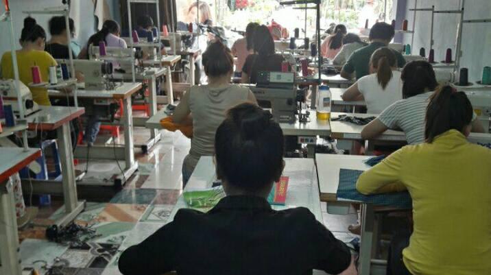 Lớp học cắt may cho người bận rộn
