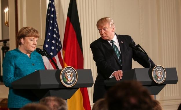 Αλλού ο Τραμπ, αλλού η Μέρκελ. Το νέο διατλαντικό ρήγμα και οι προκλήσεις για την Ευρώπη