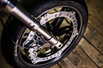Custom perimetral brake by Ed.Turner Motorcycles