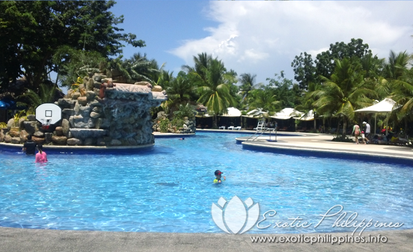 Jpark Island Resort and Waterpark island pool