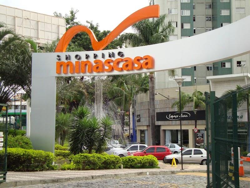 Liquidação no Shopping Minascasa tem artigos de decoração e móveis com até 50% de desconto