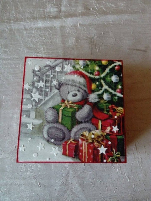 Inspiracje ze świata sztuki – świąteczna szkatułka z misiem ;)