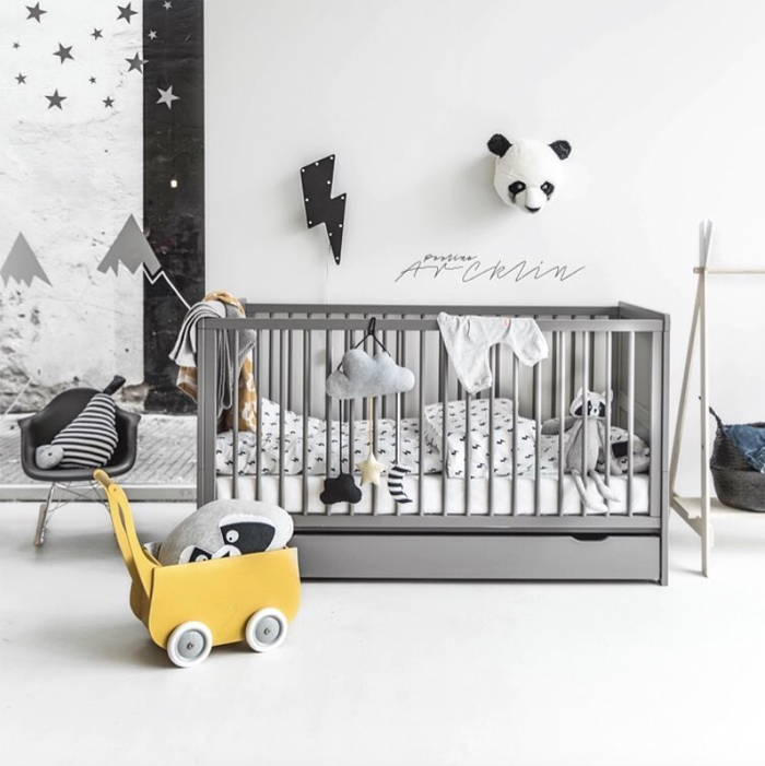 Grey&Yellow in children's rooms - Paulina Arcklin photo for Petiteamelie