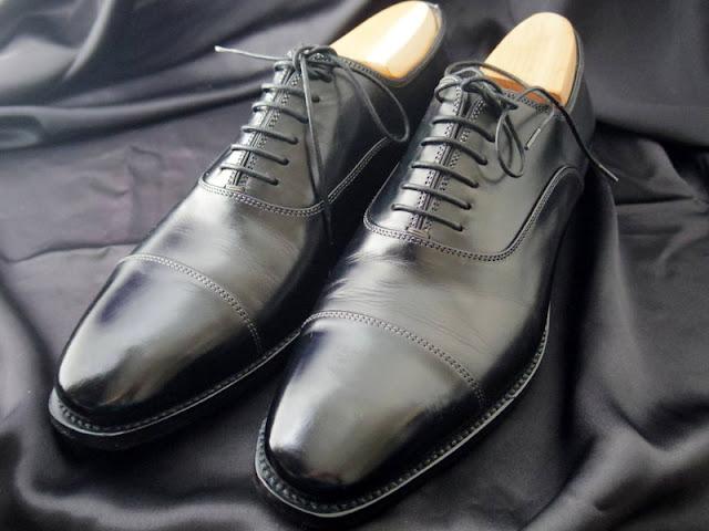 サントーニ ストレートチップ革靴