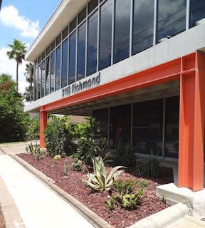 3118 Richmond Ave Houston, TX 77098 - Office Building - sidewalk view