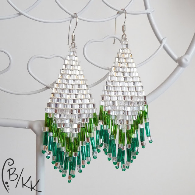 kolczyki brick stitch z frędzlami   brick stitch tassel earrings