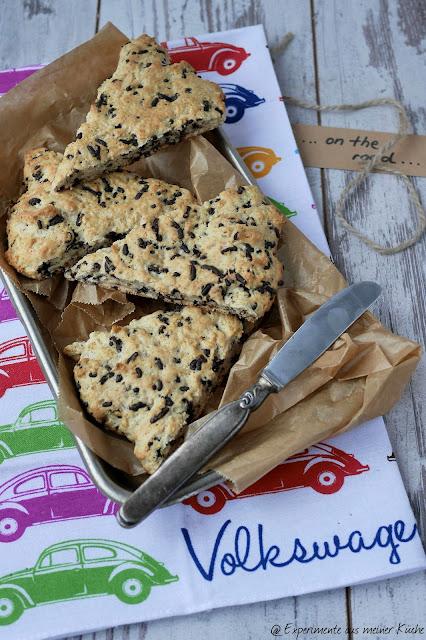 Schokoladen-Mandel-Scones / chocolate almond scones