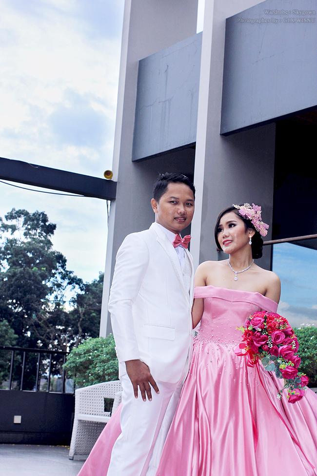 Prewedding Ari & Ria    Photographer & Editing By : G1X.WISNU    Wardrobe By : Skygown    Fotografer Purwokert,Banyumas,Jawa Tengah