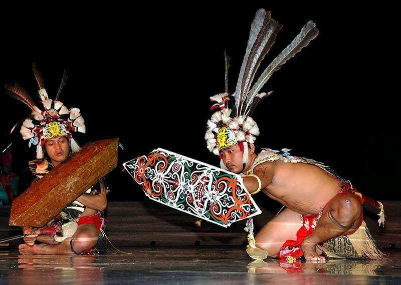 Tari Monong, Tarian Tradisional Suku Dayak di Kalimantan Barat