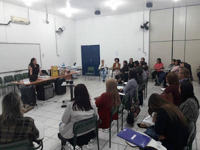 Equipe de Educação Especial da Diretoria de Registro recebe Orientação Técnica