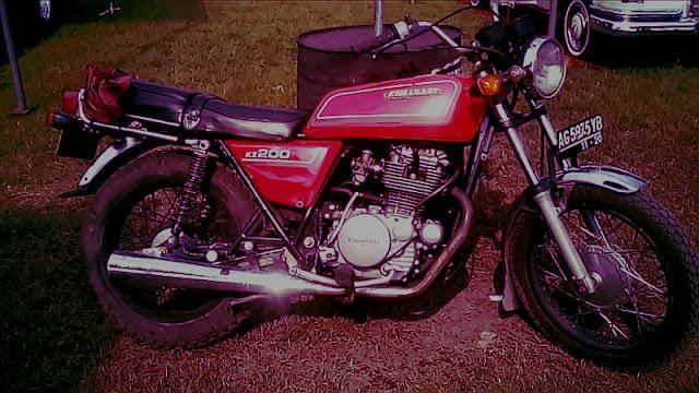 Kawasaki Binter Merzy KZ200