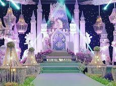 Majlis resepsi Fattzura bertemakan fairy tale avant-garde