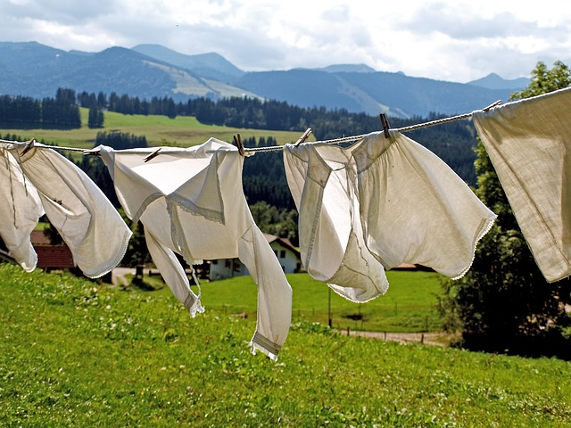 Tips Cara Mencuci Noda Baju Kotor Dengan Mudah