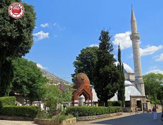 Mezquita Karadjoz-Bey, Mostar, Bosnia y Herzegovina